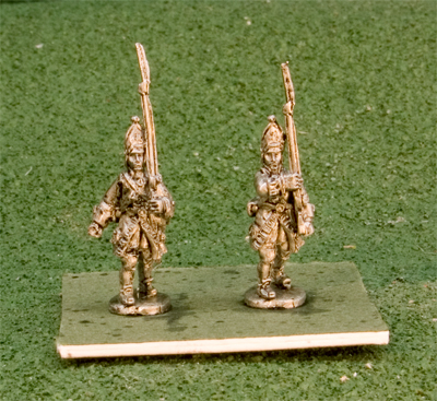 15GNR105 Grenadiers Miter Cap Marching